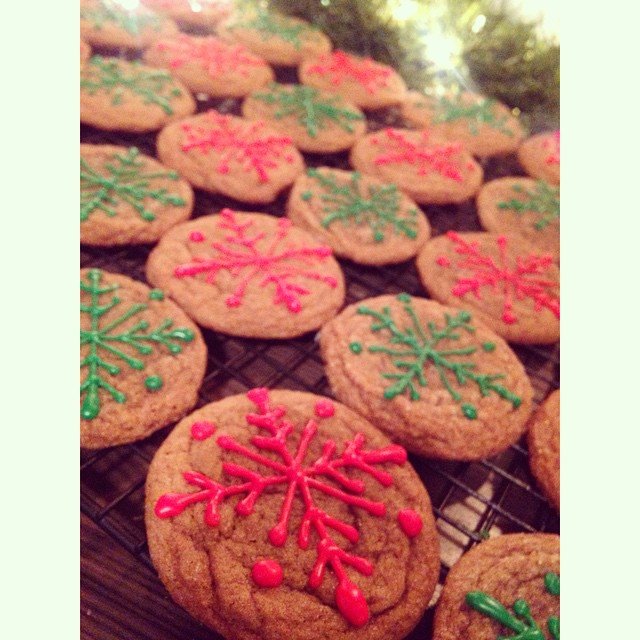 cookies cookies cookies... #christmascookies #christmas #gingerbread #gingerbreadcookies