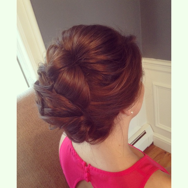 Smooth, sleek and simple, love to have something different every once in a while!#teaseandmakeup #hairstylist #brunette #updo