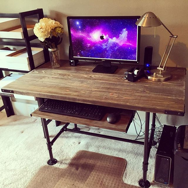 Steel Pipes + Pine 2x6 + ️ Decided that I would build a new desk... #diy #desk #rustic