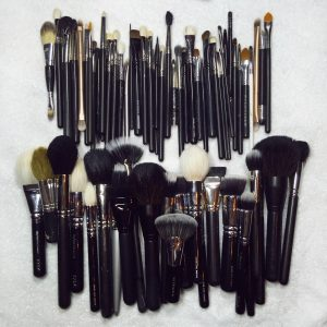 clean-makeup-brushes-tease-and-makeup
